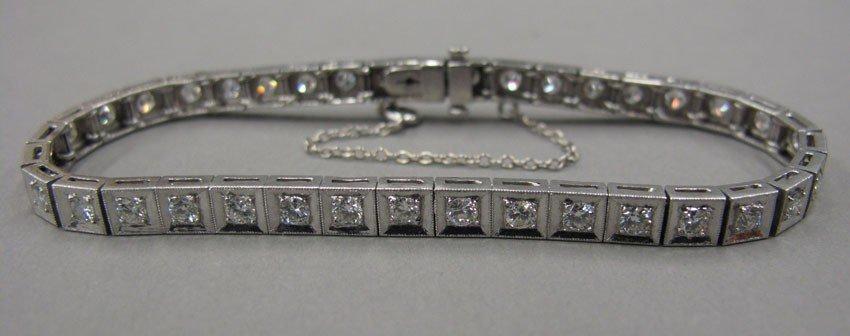 9033: DIAMOND TENNIS BRACELET