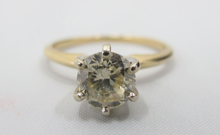 9179: 14KT DIAMOND RING