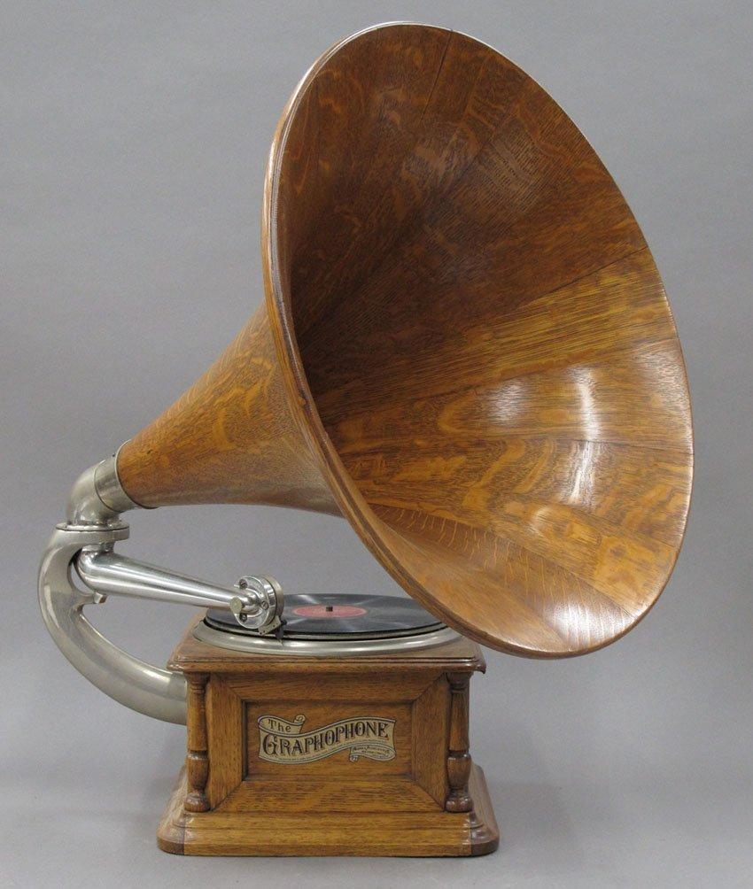 "9060: COLUMBIA OAK GRAPHOPHONE with a 21"" oak horn"