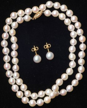 VINTAGE PEARL NECKLACE With Matching Earrings