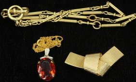 1004: LOT OF (3) VINTAGE JEWELRY PIECES - watch chain,