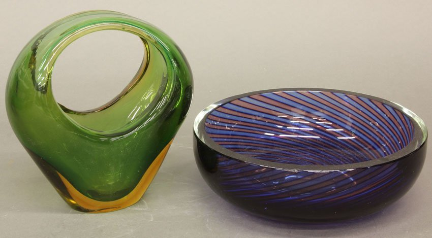 """LOT OF (2) ART GLASS ITEMS Bowl and vase width- 6"""", 8 1"""