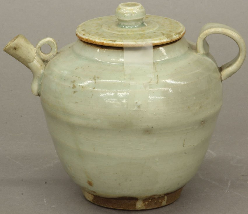 CHINESE CELADON VINTAGE TEAPOT notation of Barrymore