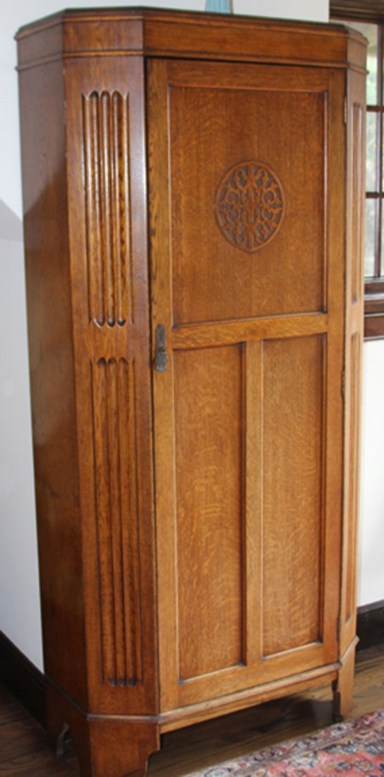 ENGLISH OAK SINGLE DOOR WARDROBE
