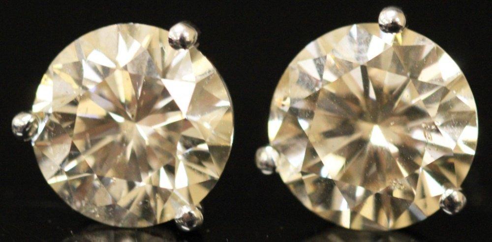PAIR OF 2 CT. DIAMOND STUD EARRINGS