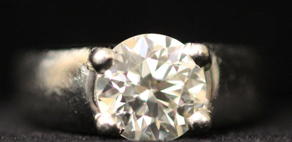 PLATINUM 3.61 CT. DIAMOND SOLITAIRE LADY'S RING