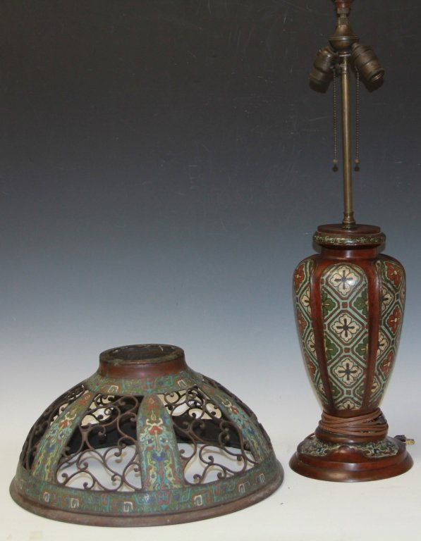 VINTAGE CHINESE CLOISONNE LAMP, 1900S