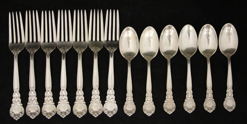 LOT OF (13) STERLING SPOONS AND FORKS