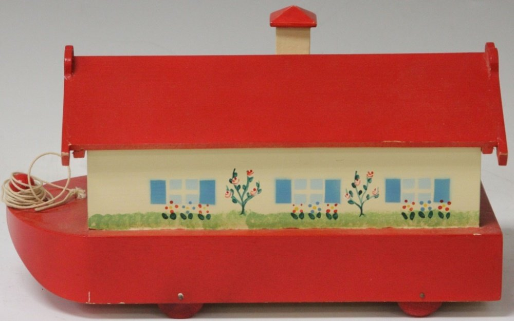 VINTAGE NOAH'S ARK TOY AND FIGURE SET - 3
