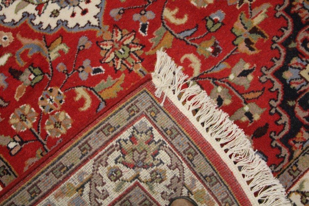 PERSIAN STYLE CARPET - 3