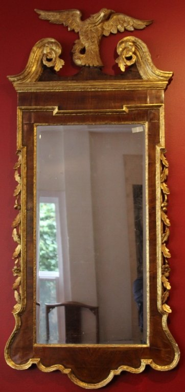 19TH CENTURY FEDERAL STYLE GILT MIRROR