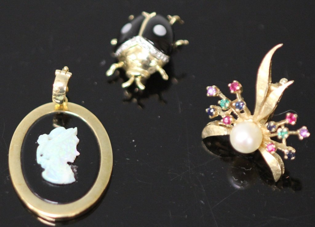 LOT OF (3) 14KT JEWELRY, OPAL CAMEO AND PINS