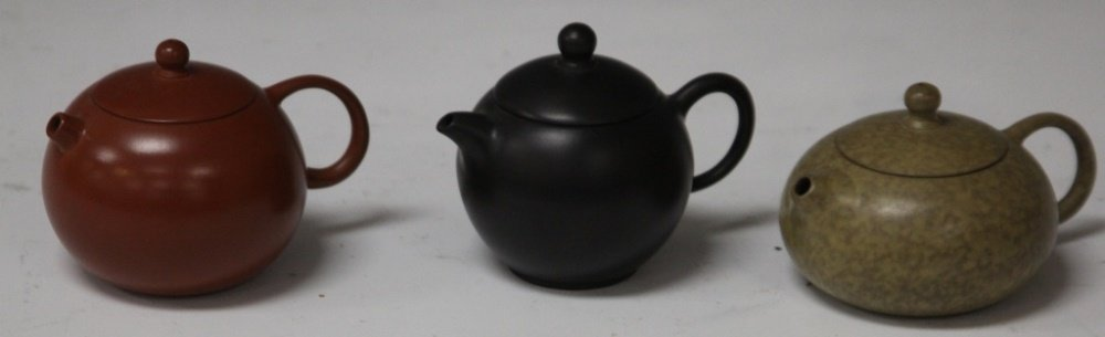 LOT OF (3) VINTAGE CHINESE CLAY TEAPOTS