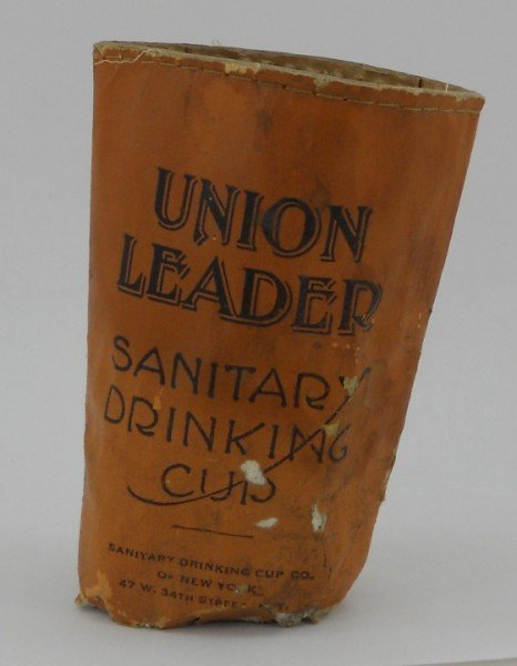 9: Union Leader Cut Plug Tobacco Collapsible Cup