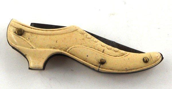 17: Ladies Shoe Miniature Novelty Knife German