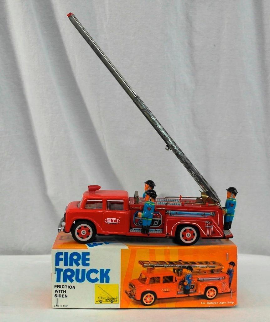 Tin Fire Truck Friction Toy - Siren & Extending Ladder