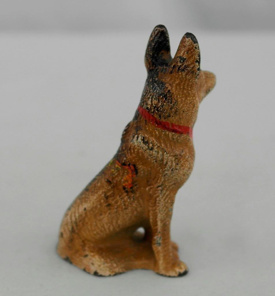 Vintage Hubley German Shepherd Paperweight/Figurine - 4