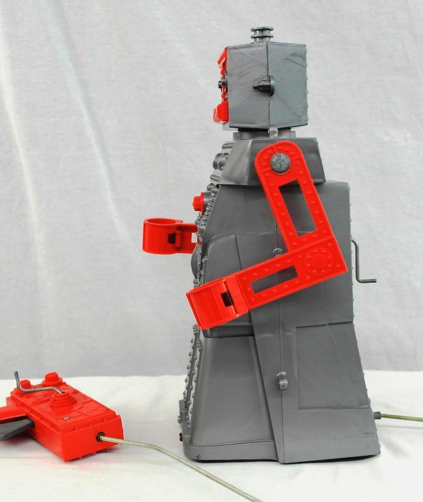"""1950's """"Robert The Robot"""" Remote Control Robot With - 6"""