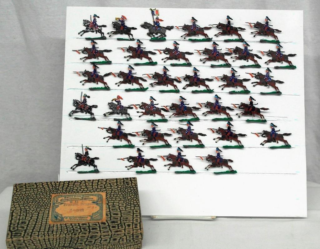 Set of 33 Zinnsoldaten Calvary Soldiers