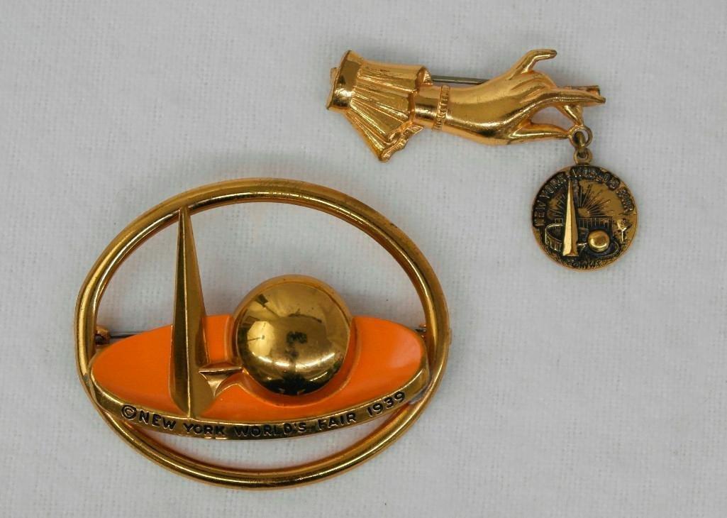 2 New York World's Fair Souvenir Pins