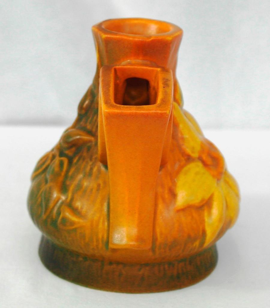 Roseville Clematis Flower Frog vase - 4