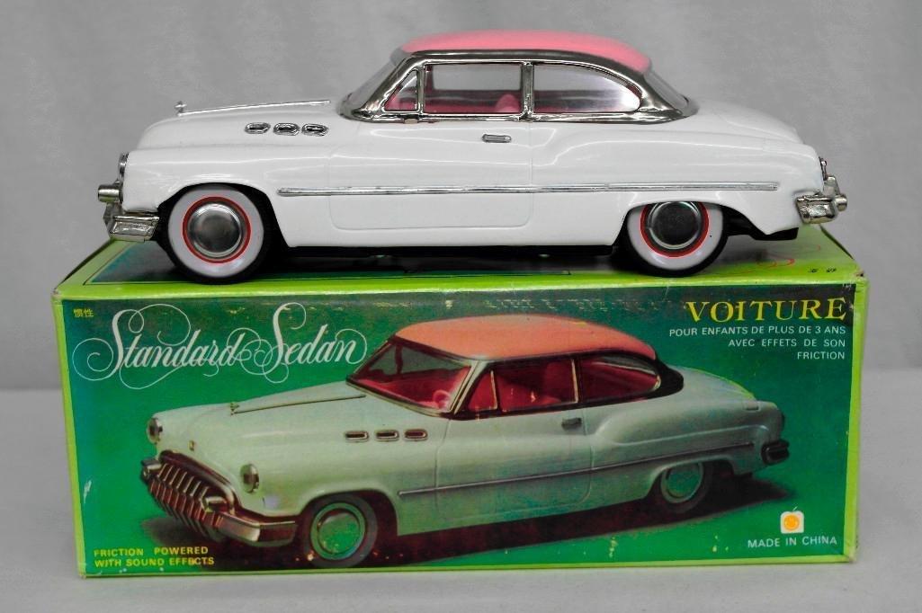 """""""Standard Sedan"""" Model Car"""