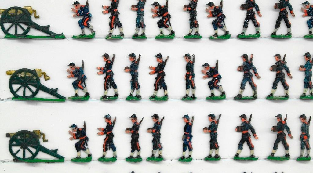 Set Of 72 Heinrischen French Field Artillery Soldiers - 2