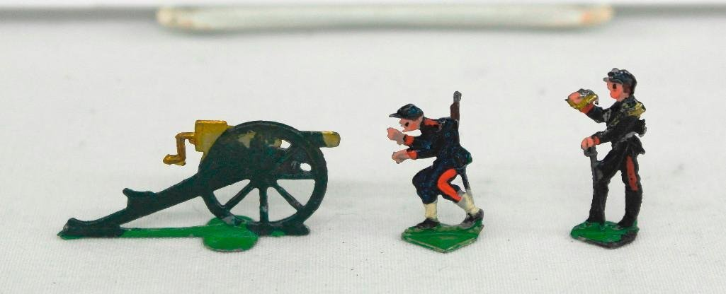 Set Of 72 Heinrischen French Field Artillery Soldiers - 4