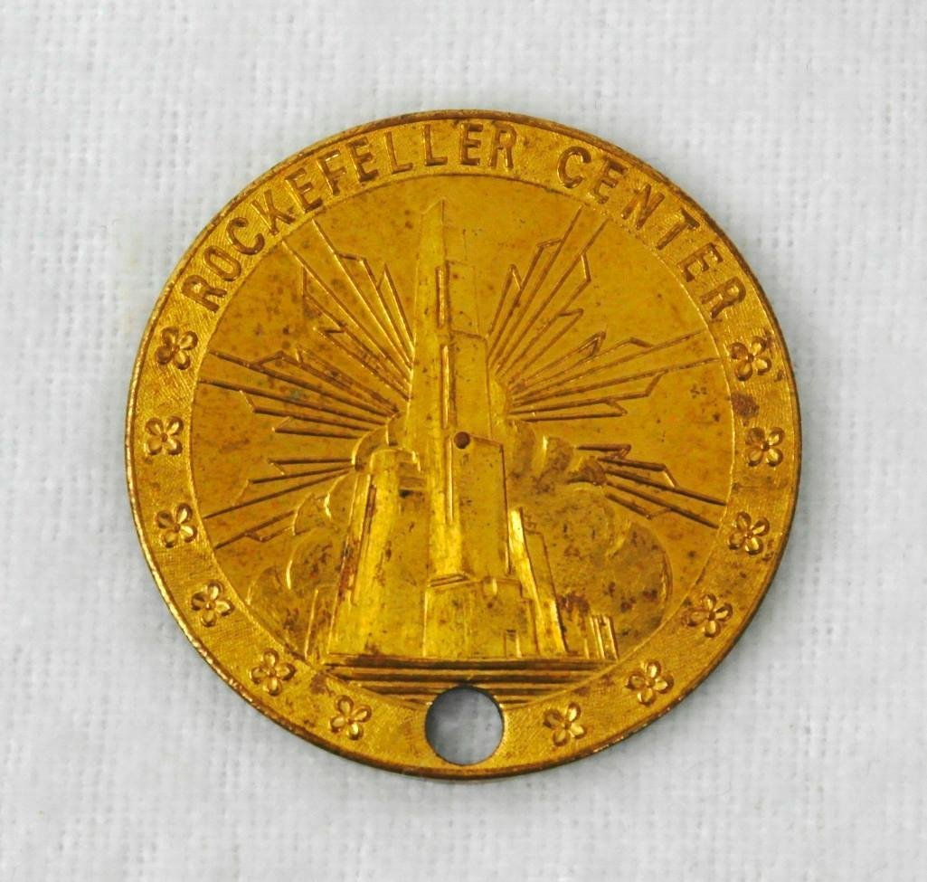 3 New York World's Fair Copper And Brass Coins - 6