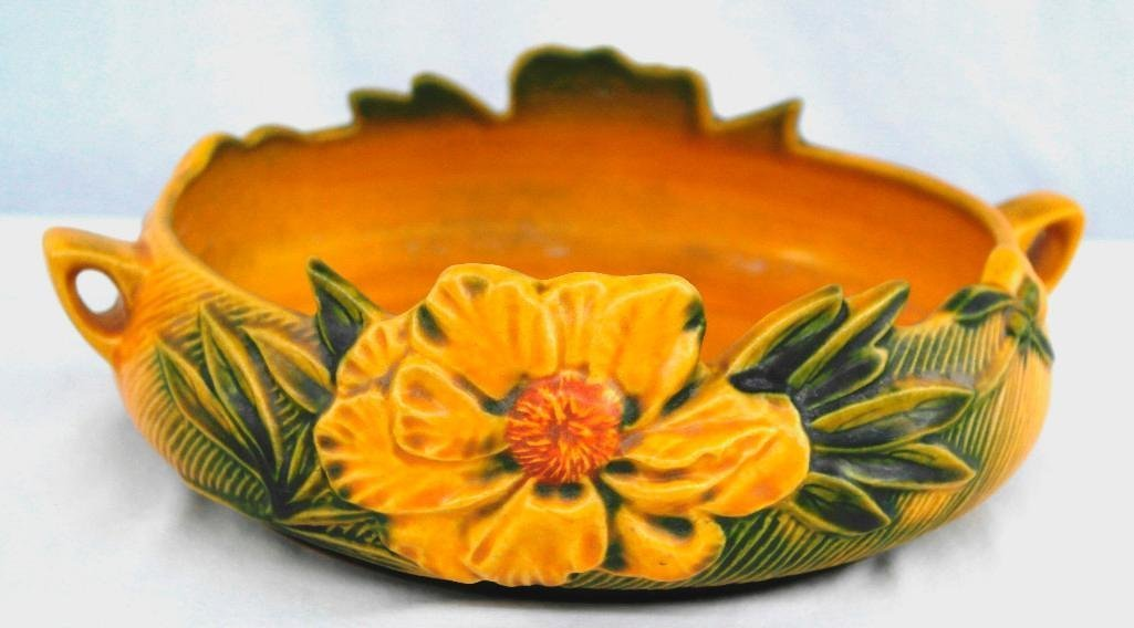 Roseville Peony Console Bowl