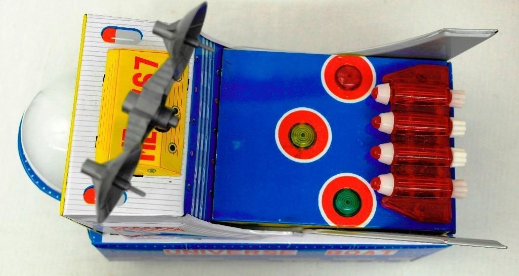 "Vintage Tin Litho Toy ""Universe Boat"" - 6"