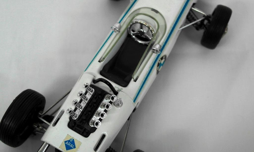 Schuco BMW Formula 2 Boxed Race Car - 5