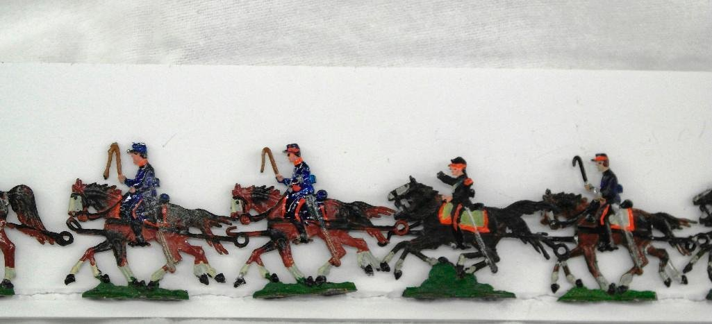 Set Of 8 Heinrischen Two Horse Artillery Teams - 2