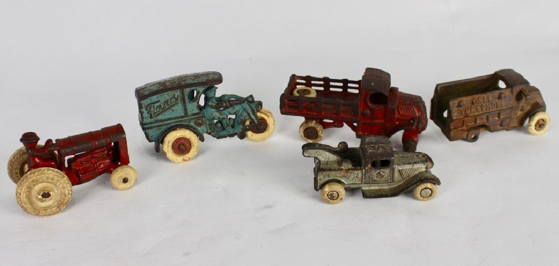 10 Vintage Toy Cars and Trucks - 4