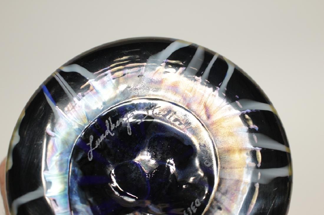 Fine Lundberg Studios Art Glass Vase - 3