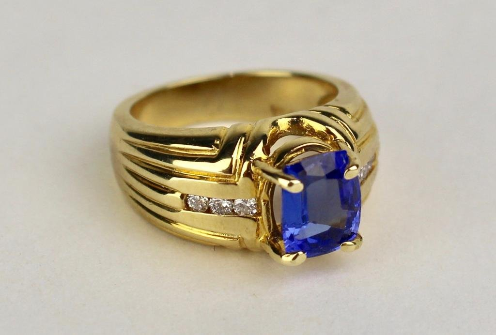 14K Gold, Tanzanite and Diamond Ring