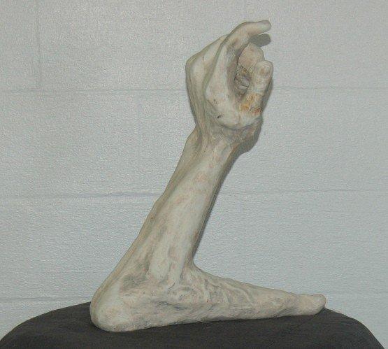 15: SCULPTURE OF HAND & FOOT