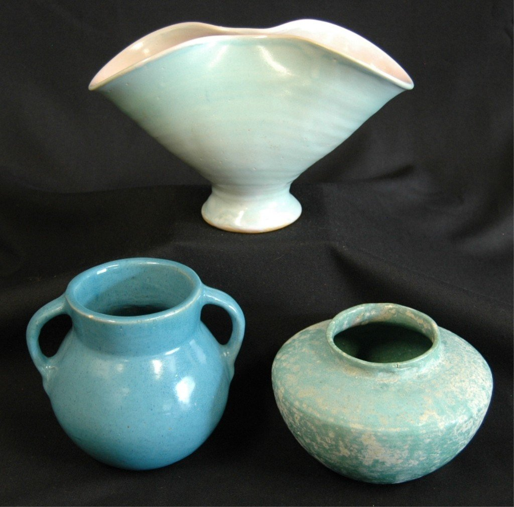 23: 3 Pieces Silver Springs Pottery