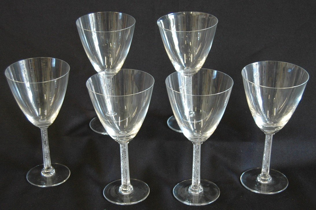 4: 6- Lalique Crystal Wine Glasses