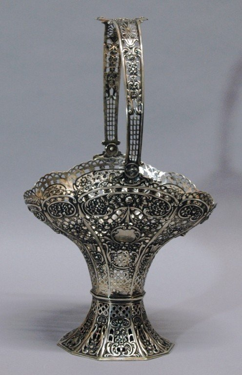 24: 800 Silver Reticulated Basket