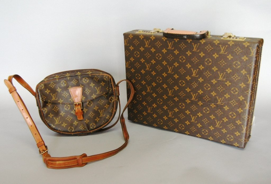 19: 2 Piece Vintage Louis Vuitton - 2