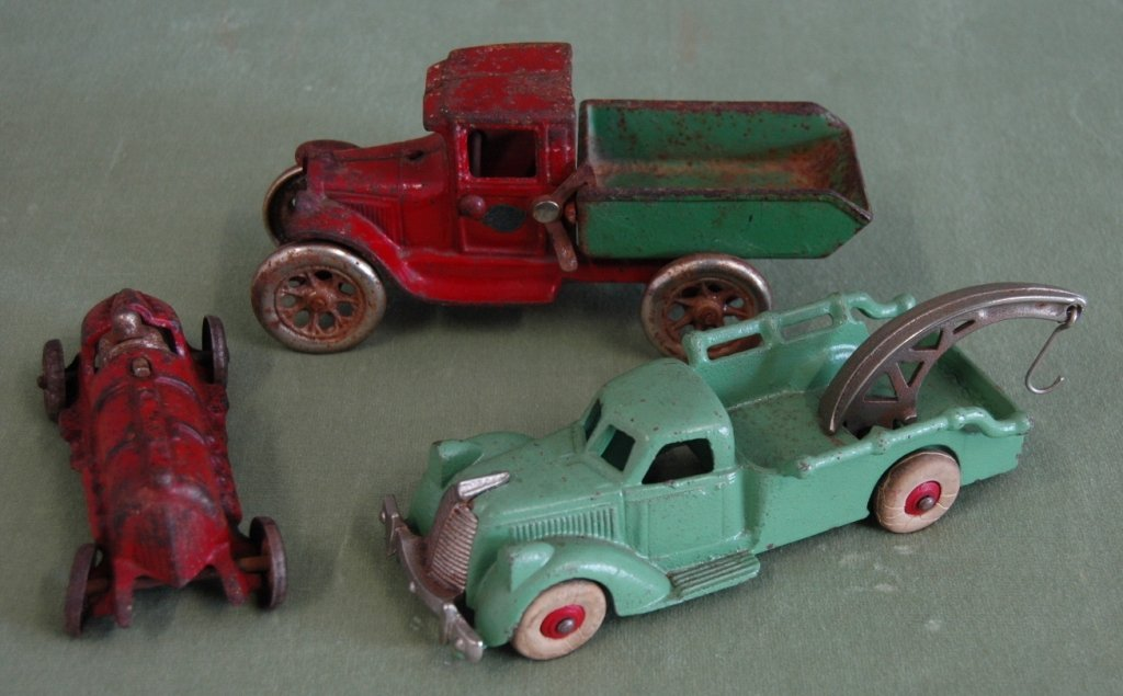 70: 3 Toy Cars Hubley and Arcade