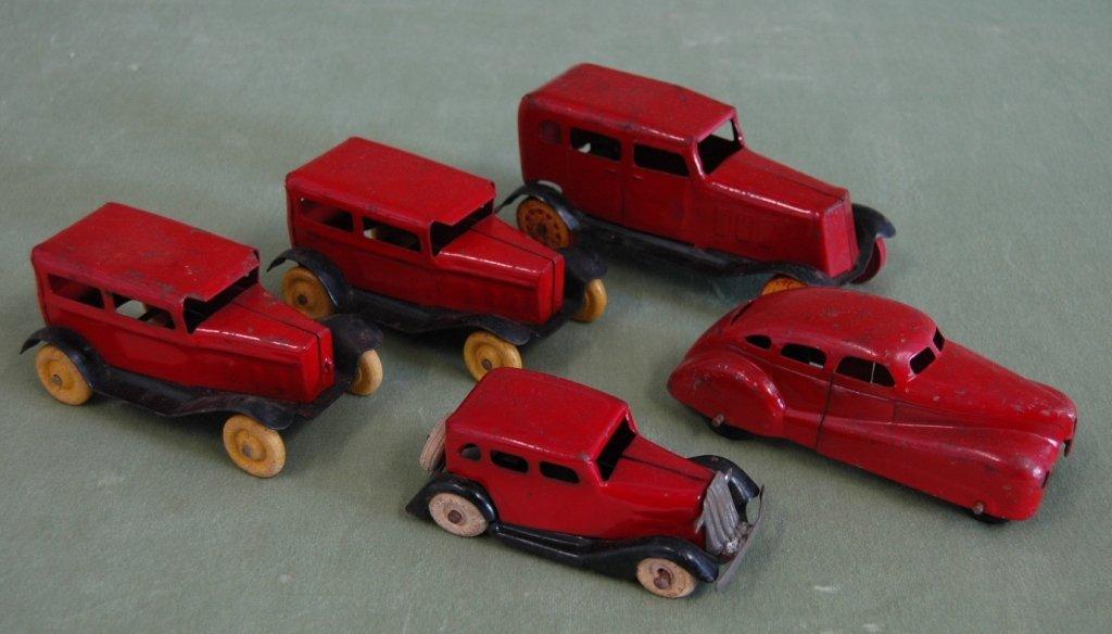 71: 5 Wyandotte Toy Cars