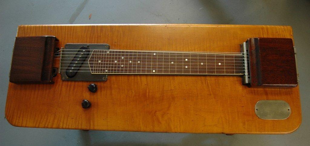 99: Gibson Electraharp Steel Lap Guitar - 3