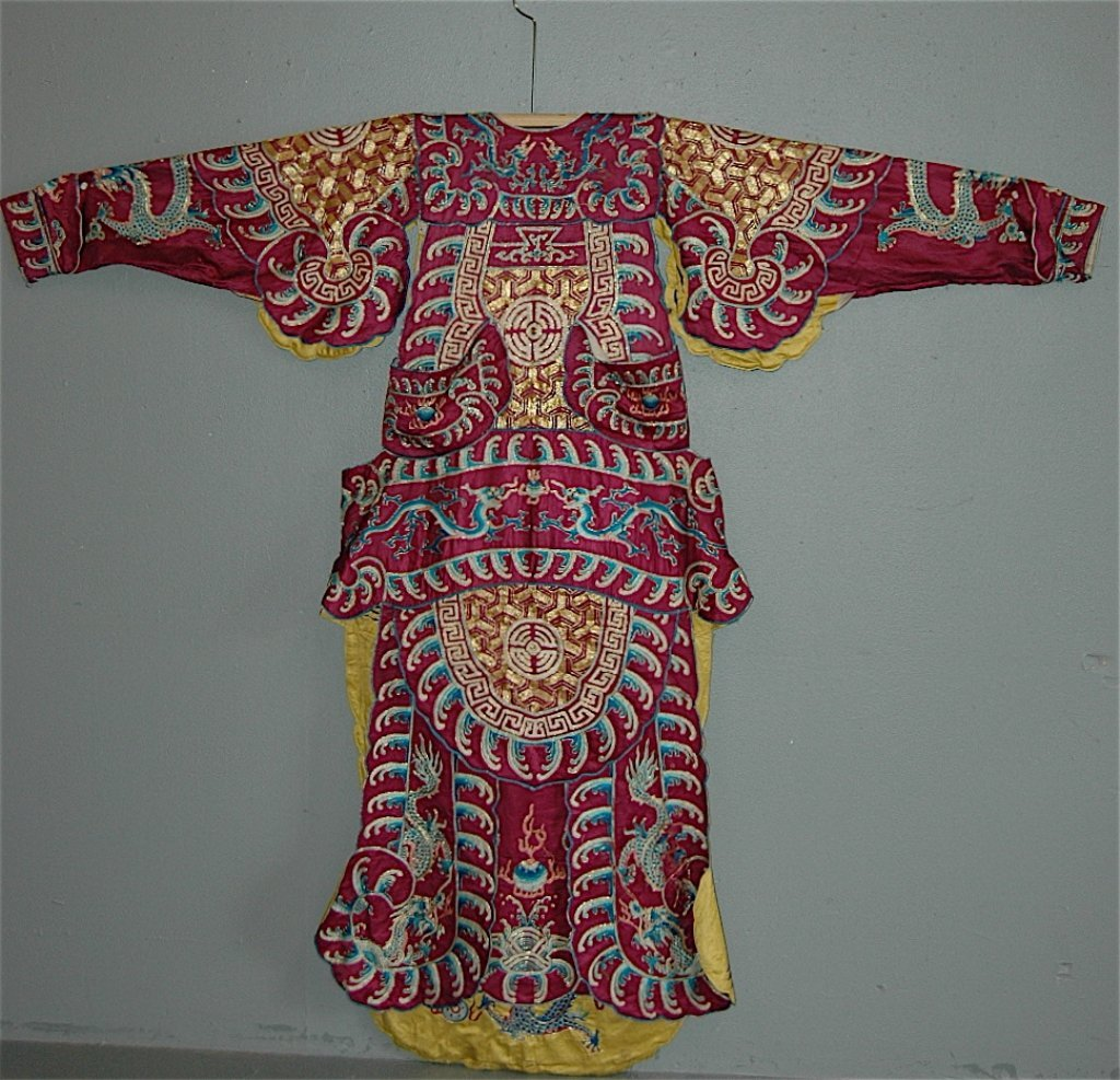 123: Chinese Embroidered Dragon Robe