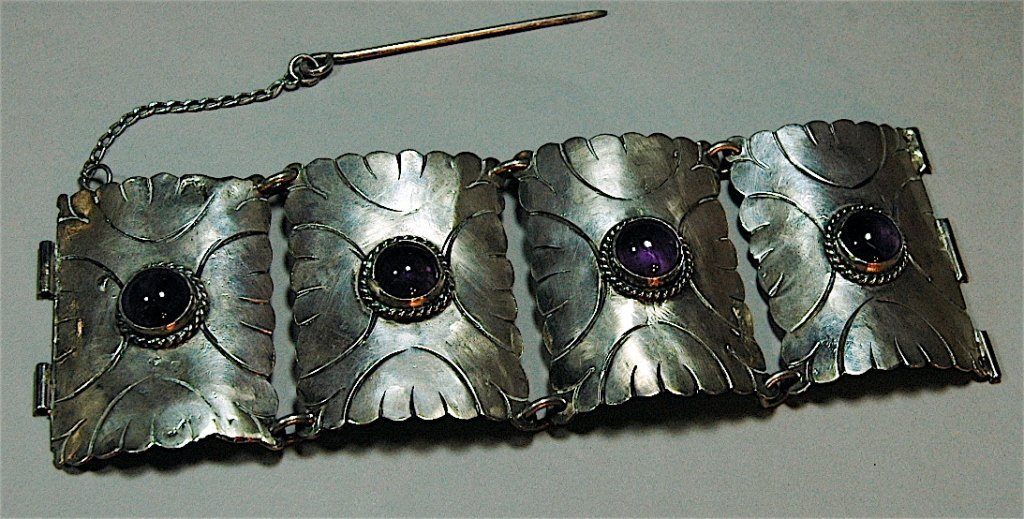 5: Fred Davis Silver and Amethyst Bracelet