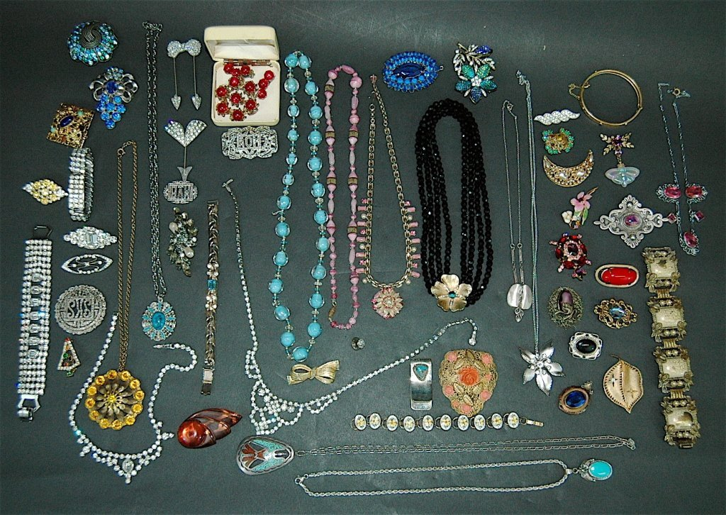 307: Collection of Costume Jewelry
