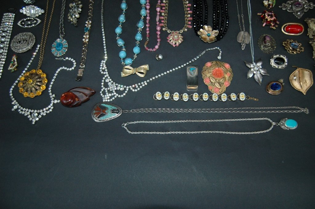 307: Collection of Costume Jewelry - 5
