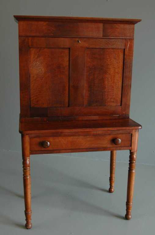 - Walnut & Oak Plantation Desk