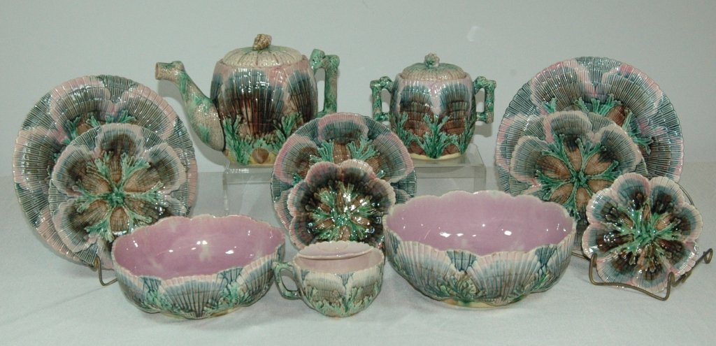 Majolica Group - 12 Pieces